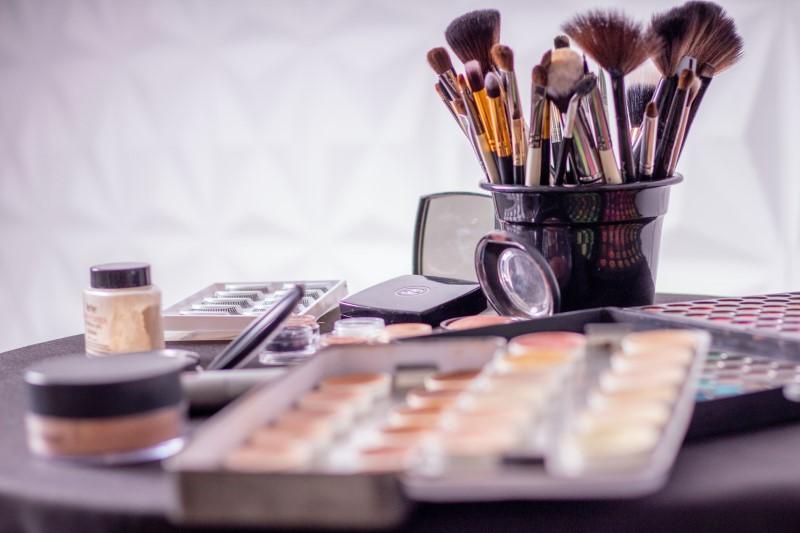 Kosmetika různých značek